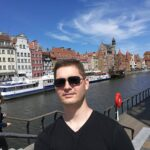 Cezary Machowski></noscript><img class=
